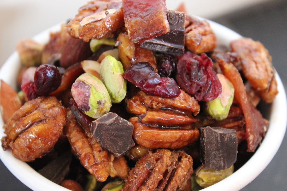 Candied pecan trail mix